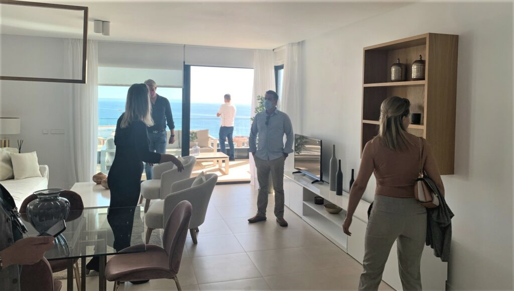 a group of brokers from the area focussing on customers from Nordic countries have visited our Middel Views project located in the El Higuerón district of Fuengirola.